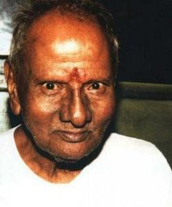 nisargadatta maharaj 250x300 I am that I am:  the teachings of the late Indian master Sri Nisargadatta Maharaj
